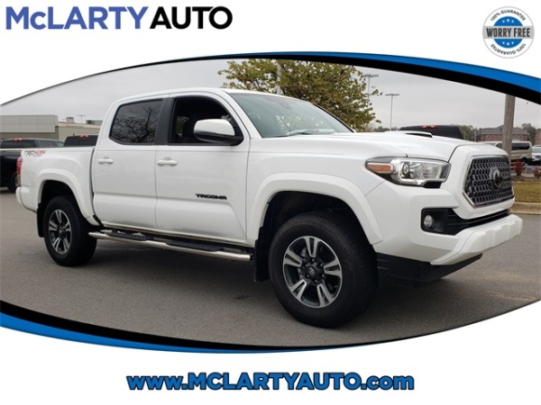 2018 Toyota Tacoma in North Little Rock, AR