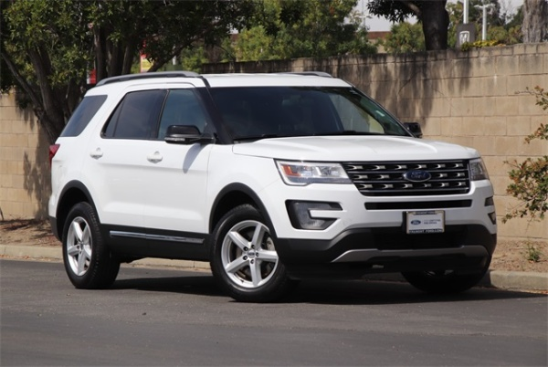 2017 Ford Explorer in Newark, CA
