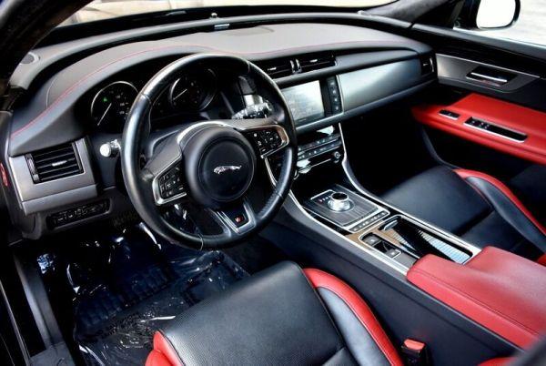 2016 Jaguar XF S