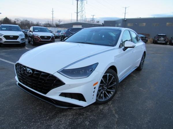 2020 Hyundai Sonata in Highland Park, IL