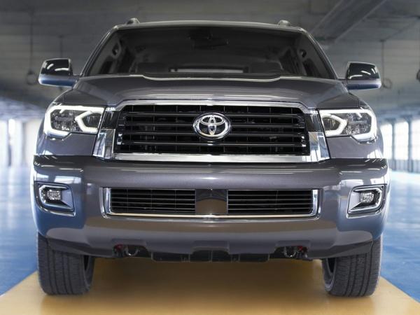 2018 Toyota Sequoia SR5
