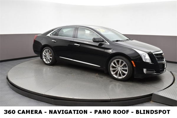 2016 Cadillac XTS in Naperville, IL