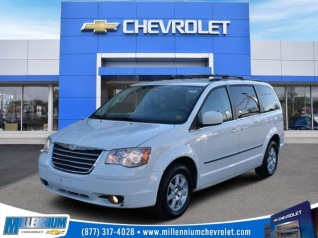 2010 Chrysler Town Country Touring For In Hempstead