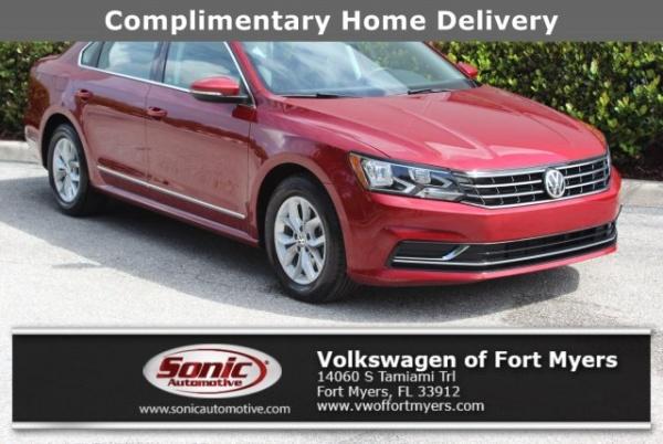 2017 Volkswagen Passat in Fort Myers, FL