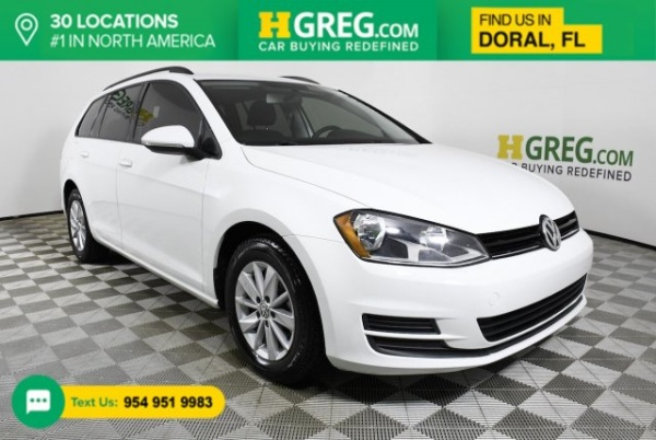 2016 Volkswagen Golf in Doral, FL