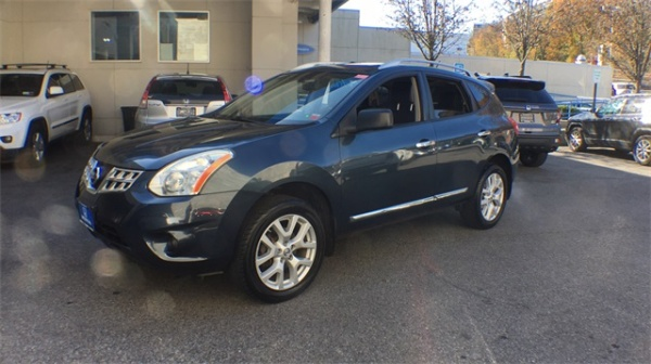 2013 Nissan Rogue in White Plains, NY