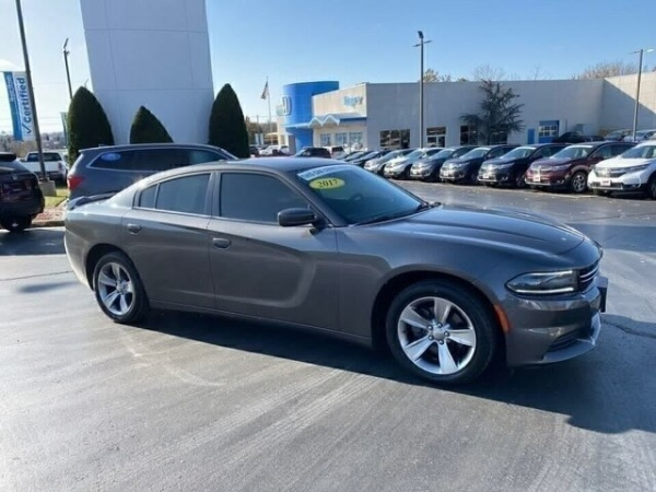 2017 Dodge Charger in Joplin, MO