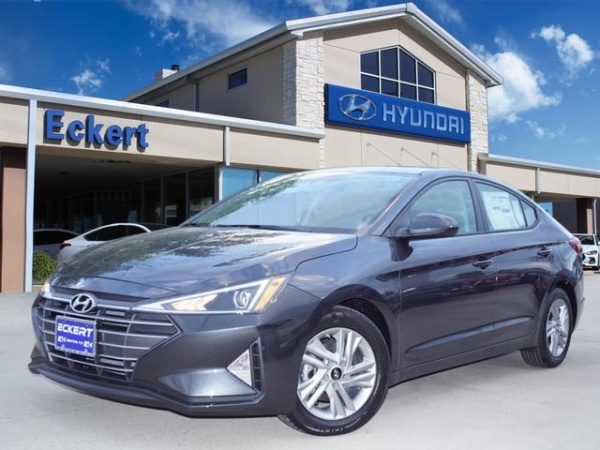 2020 Hyundai Elantra in Denton, TX