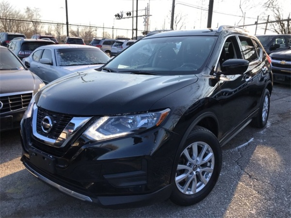 2017 Nissan Rogue in Chicago, IL