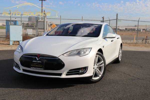 2013 Tesla Model S in Costa Mesa, CA