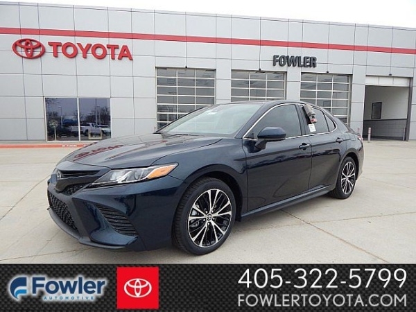 2020 Toyota Camry in Norman, OK