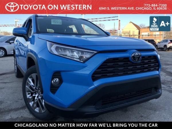 2020 Toyota RAV4 in Chicago, IL