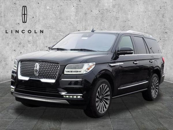 2019 Lincoln Navigator in Fishers, IN