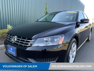 2013 Volkswagen Passat TDI SE with Sunroof Sedan DSG For