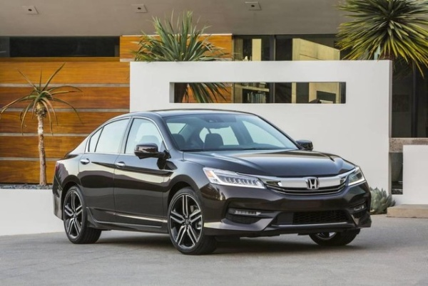 2017 Honda Accord in Sugar Land, TX