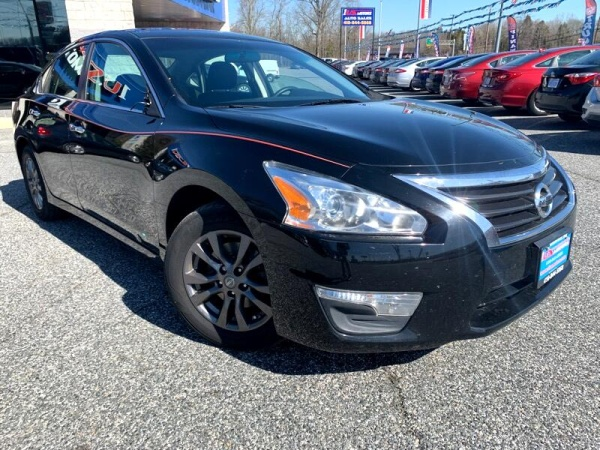 2015 Nissan Altima in Edgewood, MD