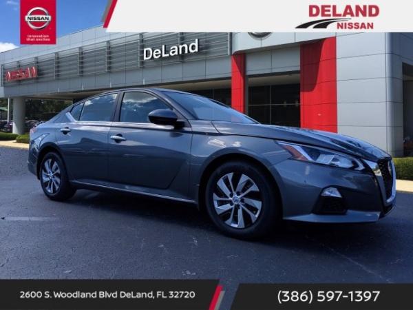 2020 Nissan Altima in Deland, FL