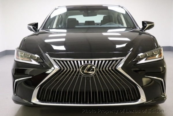 2019 Lexus ES in Edison, NJ
