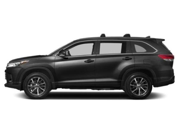 2019 Toyota Highlander in Rochester, NY