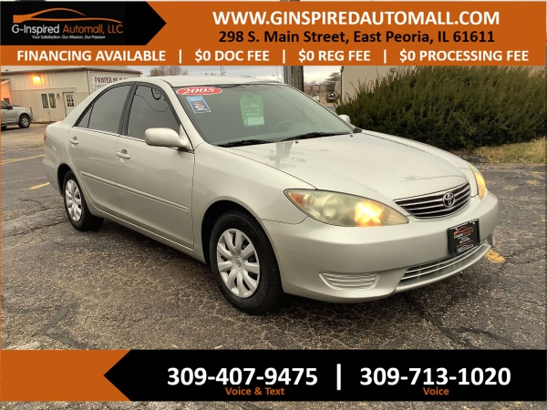 2005 Toyota Camry in East Peoria, IL