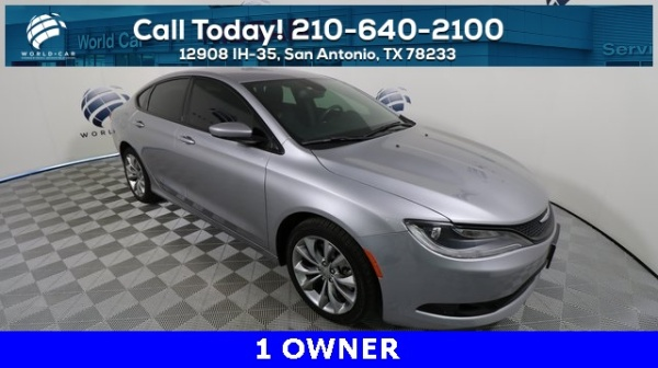 2015 Chrysler 200 in San Antonio, TX