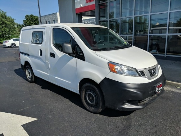 2015 Nissan NV200 in Maple Shade, NJ