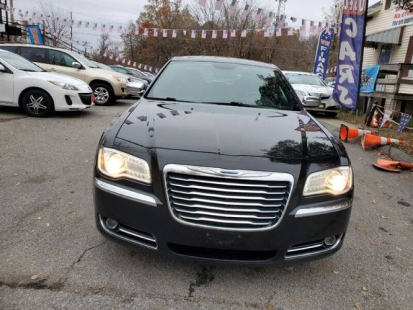 2013 Chrysler 300 in Waldorf, MD