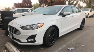 4efdc0ab18 2019 Ford Fusion SE FWD for Sale in Fresno