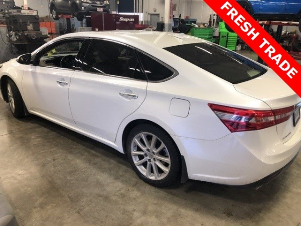 2013 Toyota Avalon in Alvin, TX