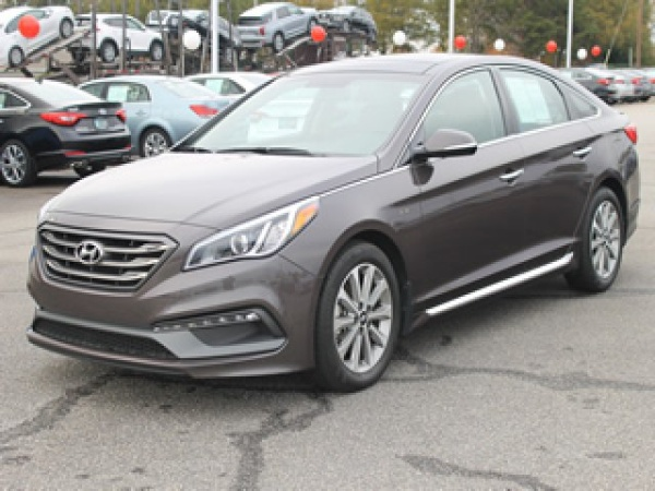 2016 Hyundai Sonata in Greenville, SC
