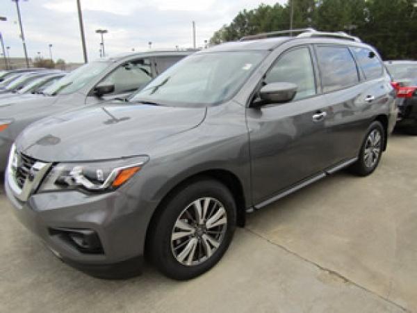 2019 Nissan Pathfinder in Greenville, SC