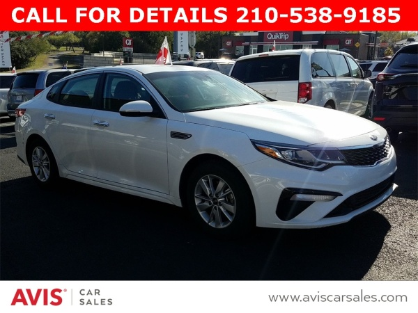 2019 Kia Optima in Live Oak, TX