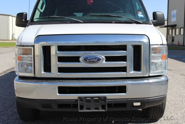 2013 Ford Econoline Wagon E-350 Super Duty XL