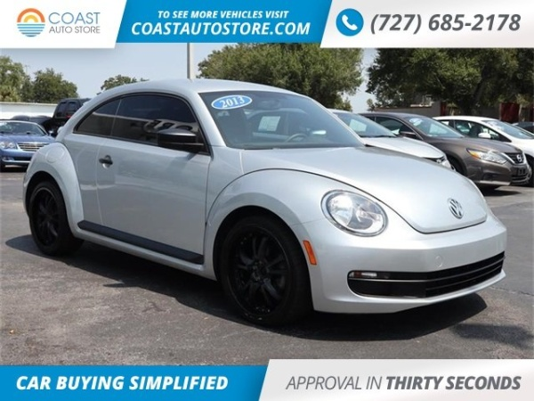 2013 Volkswagen Beetle in Saint Petersburg, FL