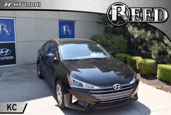 2020 Hyundai Elantra in Merriam, KS