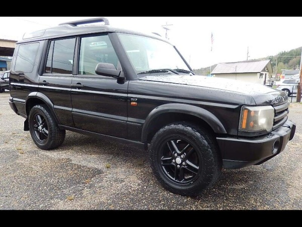 2004 Land Rover Discovery in Newland, NC