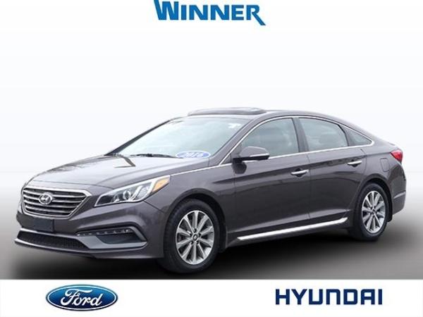 2016 Hyundai Sonata in Dover, DE