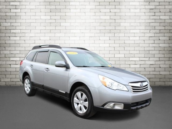 2011 Subaru Outback in Clinton Twp, MI