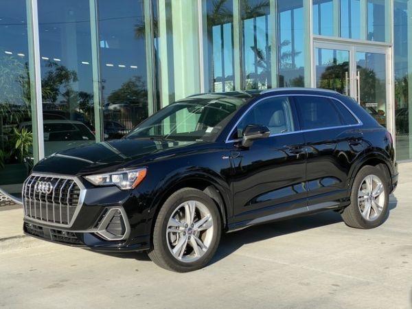 2019 Audi Q3 in N. Miami Beach, FL