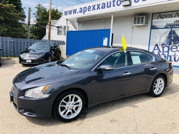 2009 Nissan Maxima in Madison, WI