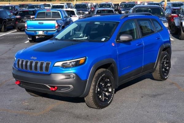 2020 Jeep Cherokee in Alcoa, TN
