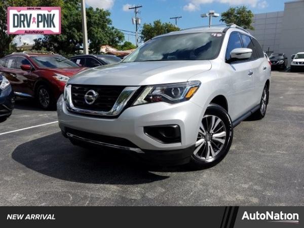 2019 Nissan Pathfinder in Miami, FL