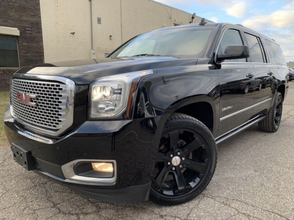 2016 GMC Yukon in Oak Park, MI