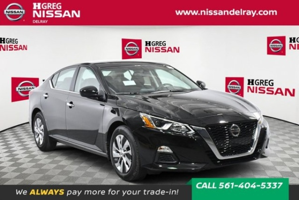 2020 Nissan Altima in Delray Beach, FL