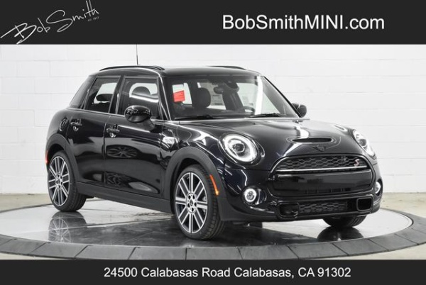 2020 MINI Hardtop in Calabasas, CA