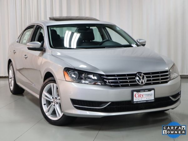 2014 Volkswagen Passat in Chicago, IL