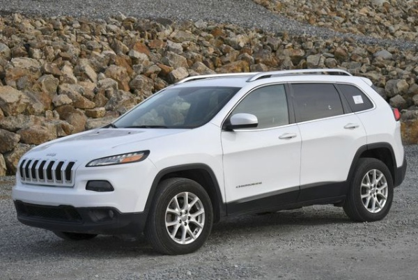2016 Jeep Cherokee in Naugatuck, CT