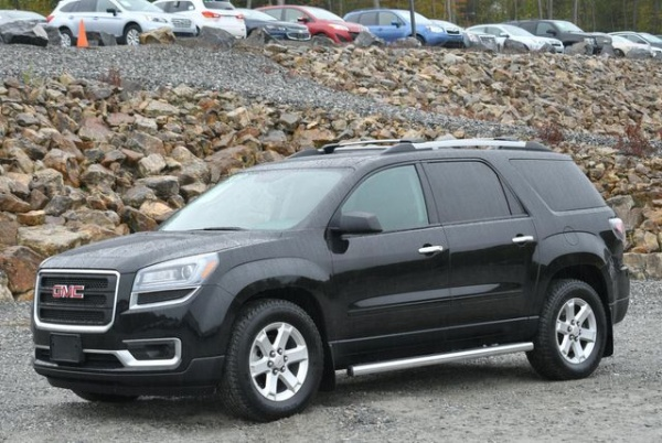 2016 GMC Acadia in Naugatuck, CT