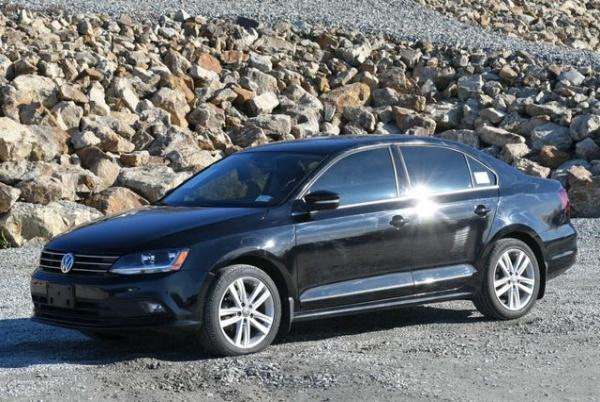 2017 Volkswagen Jetta in Naugatuck, CT
