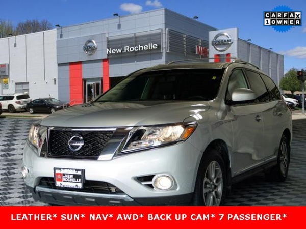 2016 Nissan Pathfinder in New Rochelle, NY